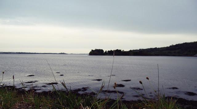 Pobřeží řeky v Blackrocku a Mahonu