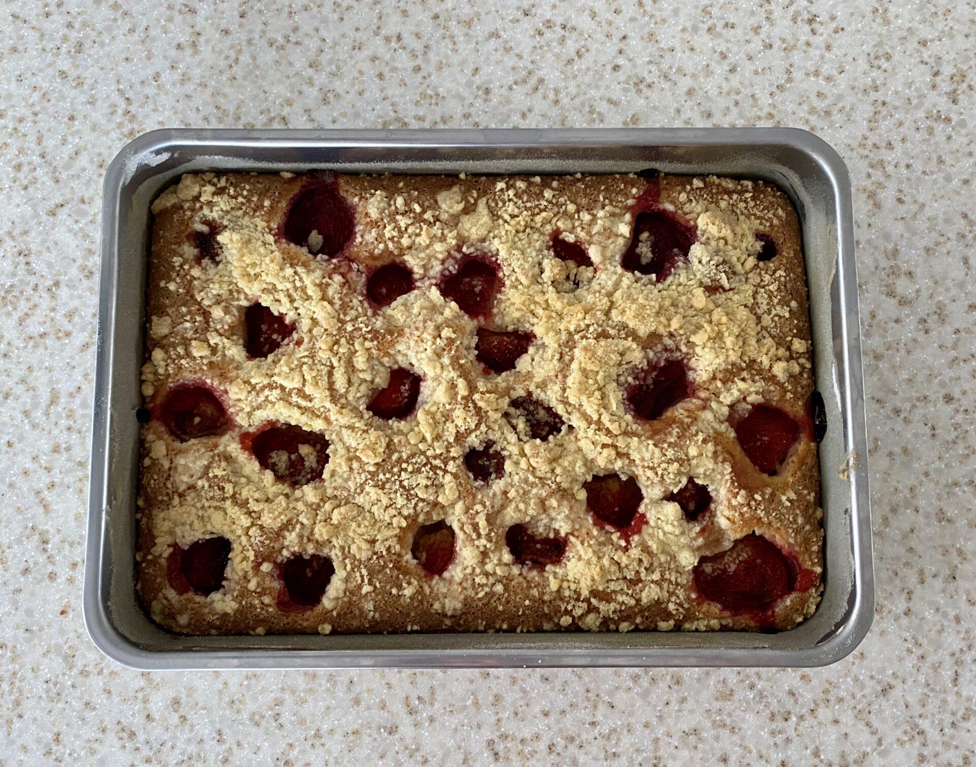 Jahodový koláč s drobenkou