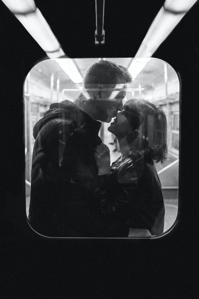 Editorial: Měsíc zamilování