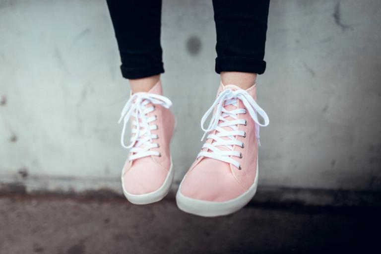 Jak chodit v barefoot botách