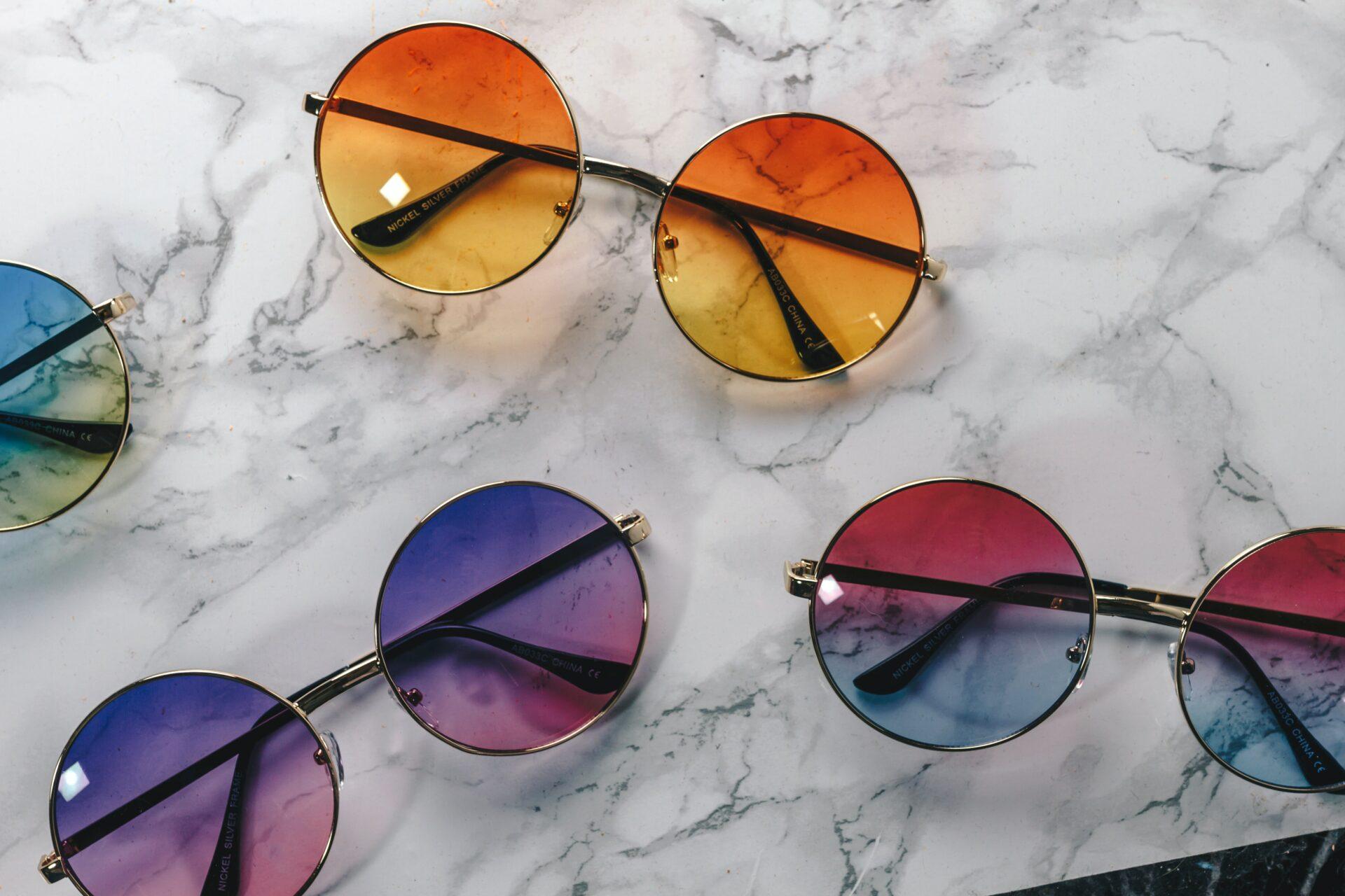 Sluneční brýle (nejen) na tohle léto